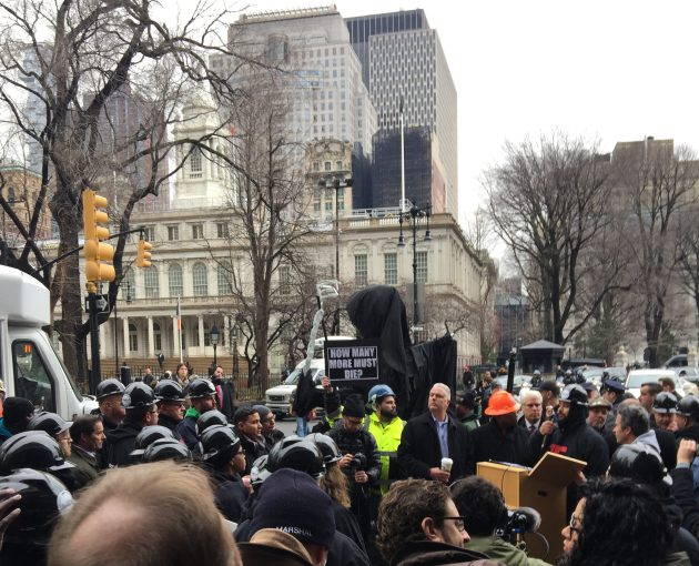 The Building and Construction Trades Council of Greater New York rallies outside City Hall.