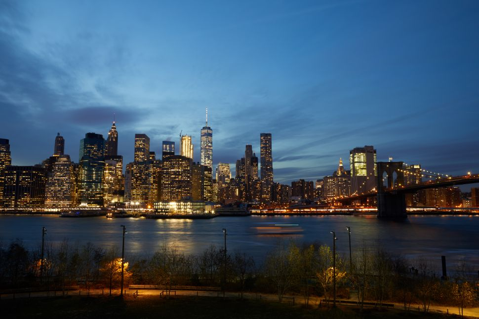 A view of the Manhattan skyline from the rooftop of the 1 Hotel Brooklyn Bridge.