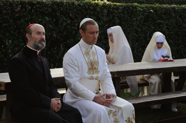 Javier Cámara as Cardinal Gutierrez and Jude Law as Lenny Belardo.