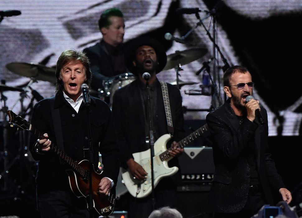 Sir Paul McCartney and inductee Ringo Starr perform onstage during the 30th Annual Rock And Roll Hall Of Fame Induction Ceremony