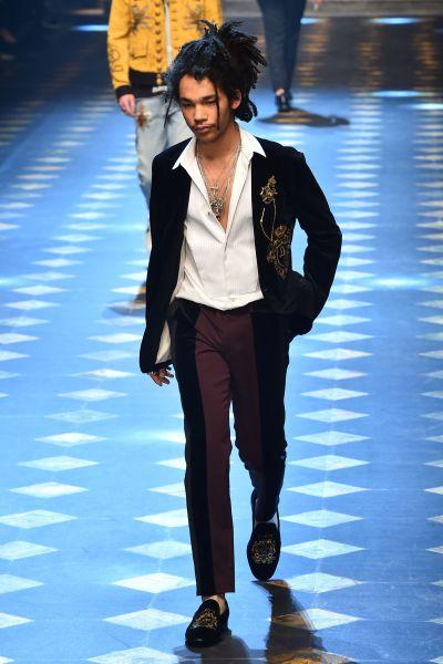 Shabbat walks in the Dolce Gabbana men's show in January 2017.