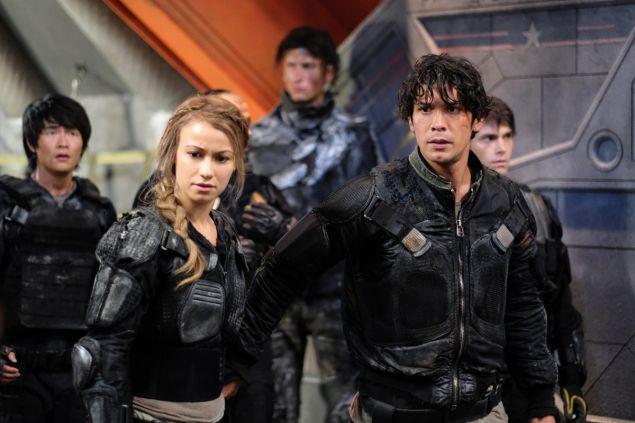 (L-R): Jarod Joseph as Miller and Chelsey Reist as Harper.