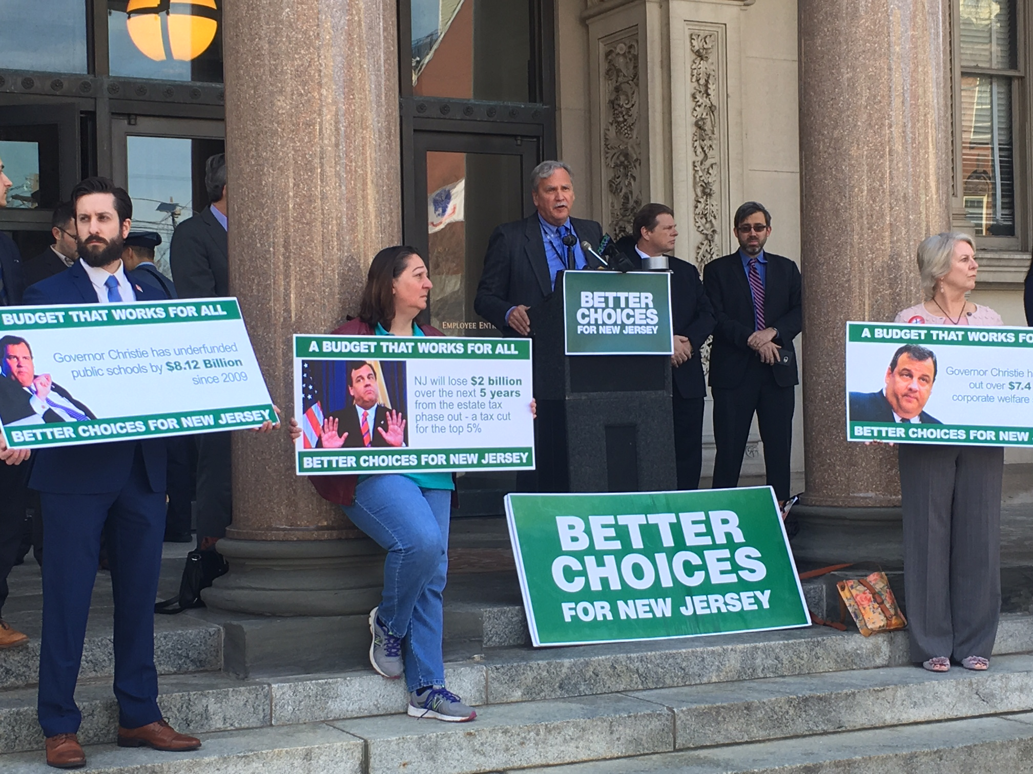 Jeff Tittel of the NJ Sierra Club speaks at a rally ahead of Christie's final budget address.