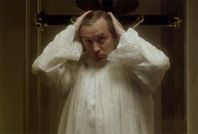 Just a thing that happens in Young Pope
