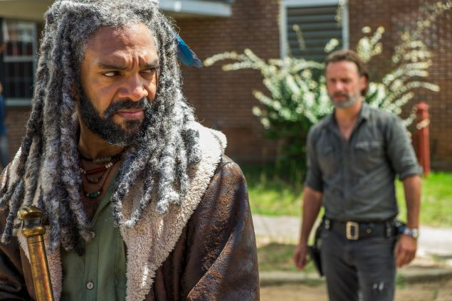 Khary Payton as Ezekiel and Andrew Lincoln as Rick Grimes.