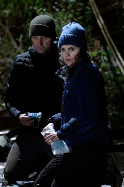 Matthew Rhys as Philip Jennings and Keri Russell as Elizabeth Jennings. CR: Patrick Harbron/FX