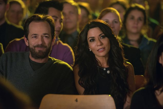 Luke Perry as Fred Andrews and Marisol Nichols as Hermione Lodge.