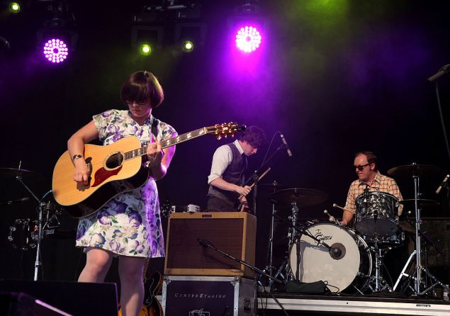 INDIO, CA - APRIL 17: Musicians Tracyanne Campbell (L) and Lee Thomson (R) of the band Camera Obscura perform during day two of the Coachella Valley Music & Arts Festival 2010 held at the Empire Polo Club on April 17, 2010 in Indio, California. (Photo by Noel Vasquez/Getty Images)