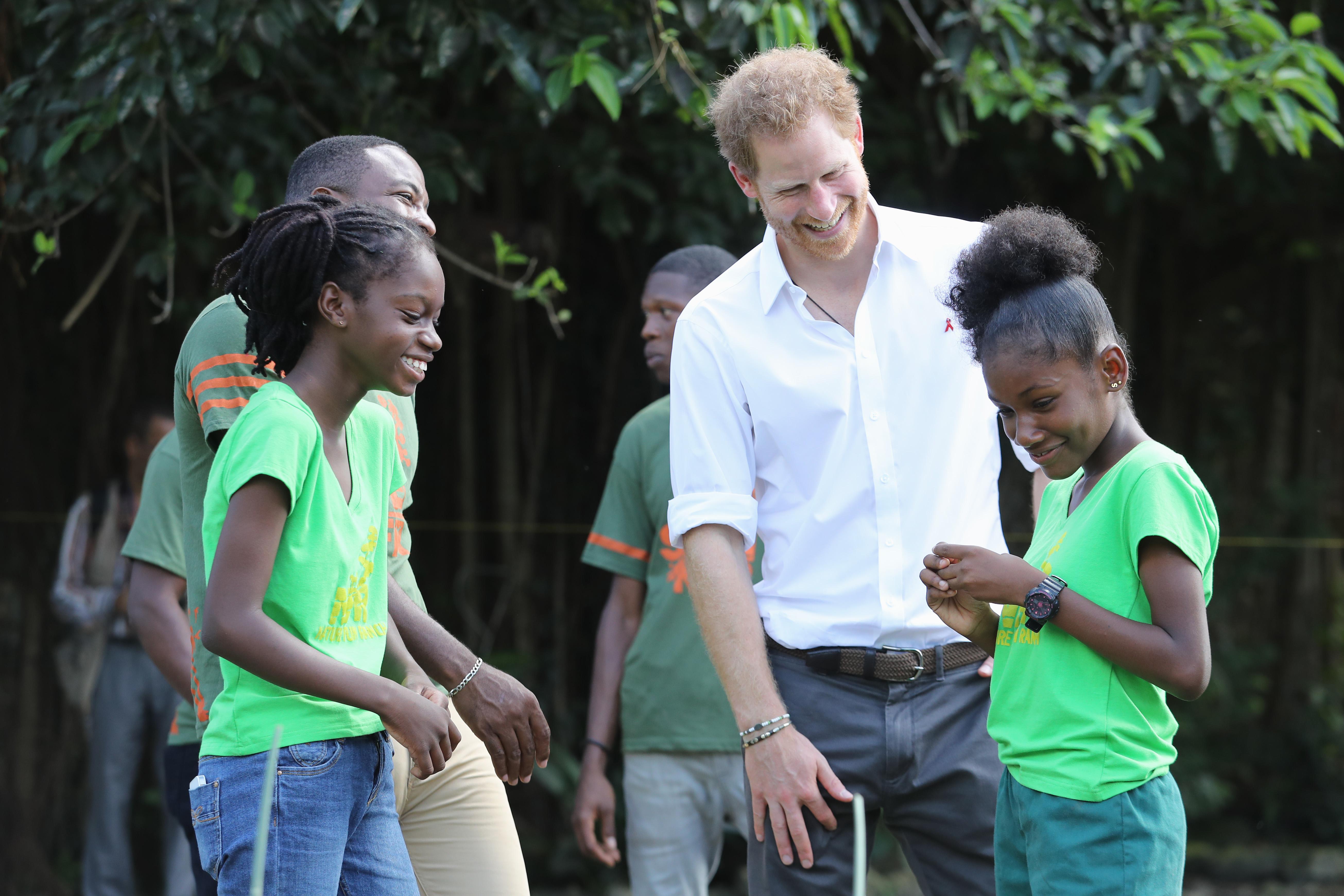 prince harry volunteering