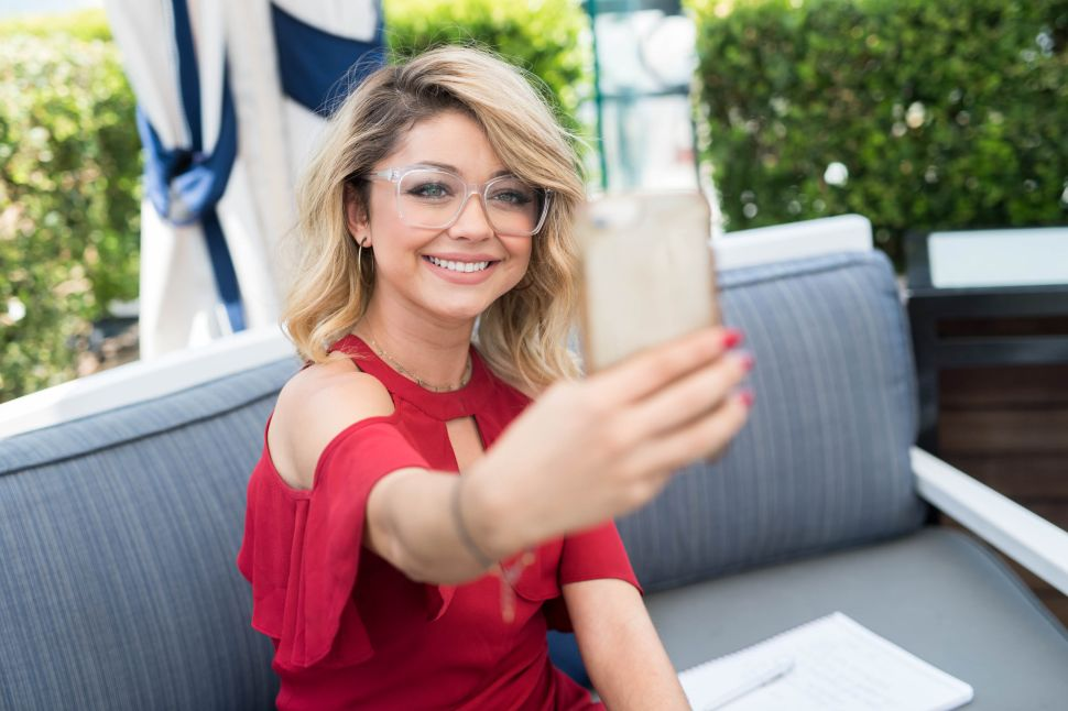 Sarah Hyland Bisexual 'Modern Family' Character