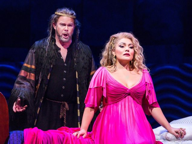 Gerald Finley as Athanaël and Ailyn Pérez in the title role of Massenet's 'Thaïs'.