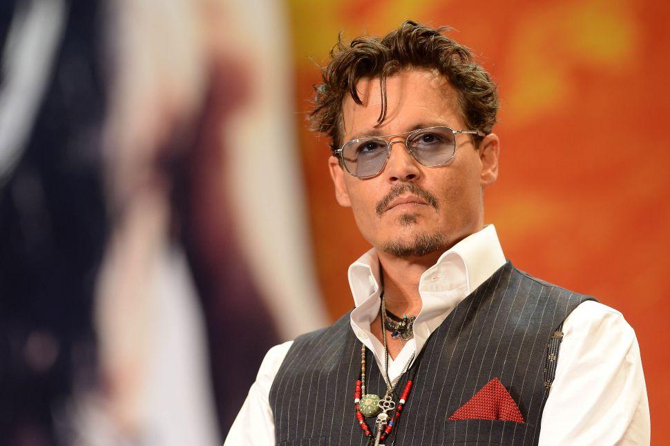 J.K. Rowling Defends Johnny Depp Fantastic Beasts