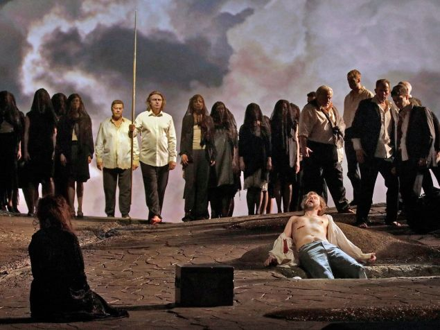 Parsifal (Klaus Florian Vogt) returns to the Grail Kingdom to cure the ailing Amfortas (Pater Mattei).