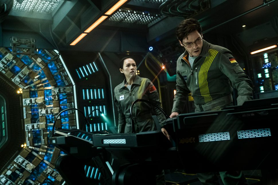 Netflix Cloverfield Paradox Ratings Box Office