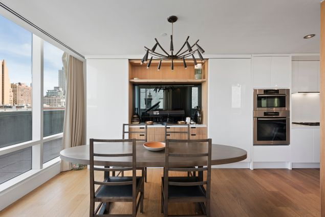 Timberlake and Jessica Biel upgraded to a duplex penthouse in Tribeca last year.
