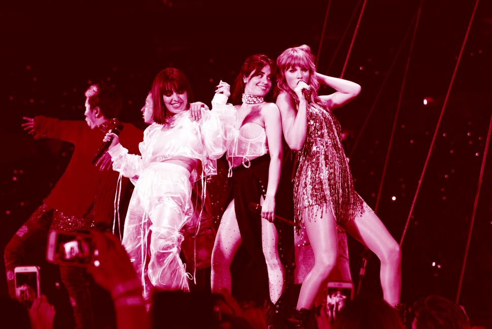 GLENDALE, AZ - MAY 08: Charli XCX, Camila Cabello and Taylor Swift perform onstage during opening night of Taylor Swift's 2018 Reputation Stadium Tour at University of Phoenix Stadium on May 8, 2018 in Glendale, Arizona.