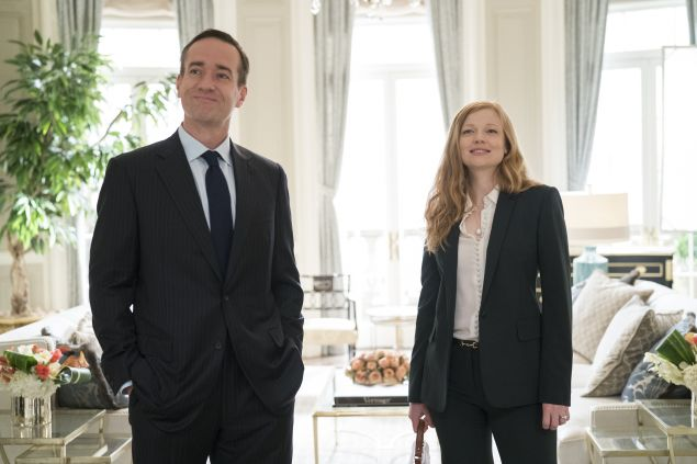 Matthew Macfadyen, Sarah Snook in Succession.
