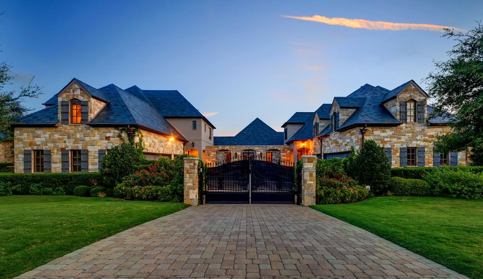 Selena Gomez Texas House