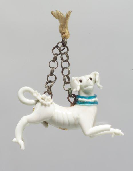 Dog pendant (fourth quarter of 16th century)