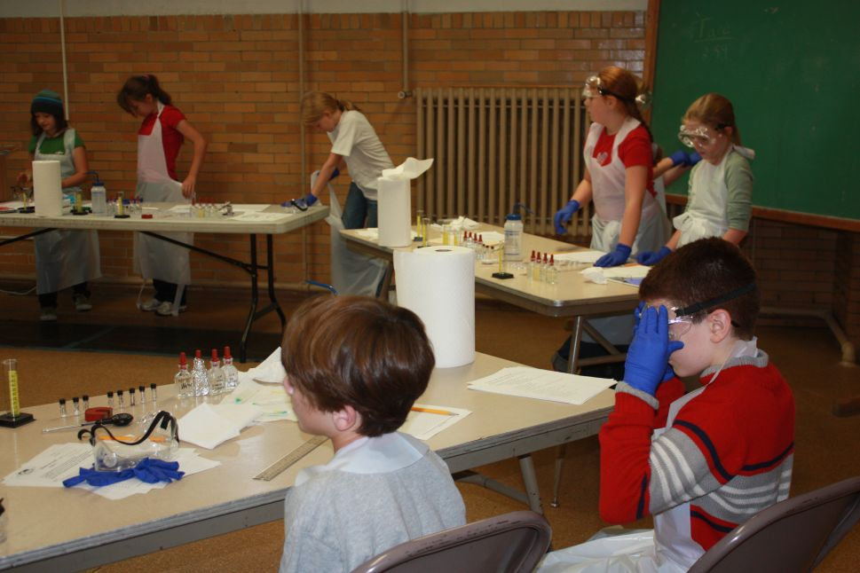 homeschooling co-opt science lab