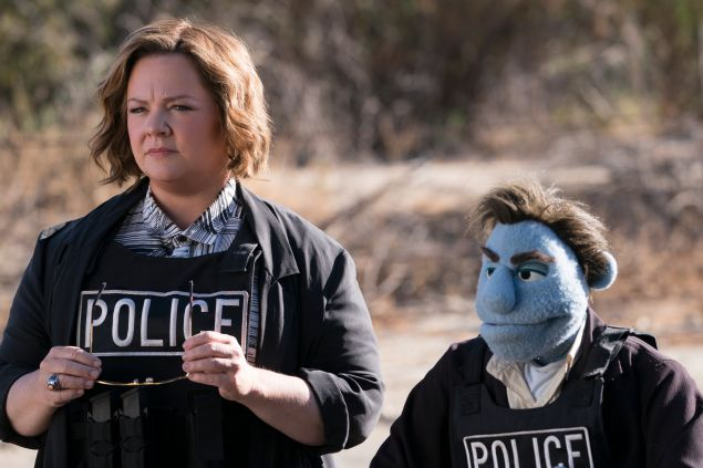 Melissa McCarthy an puppet in The Happytime Murders.
