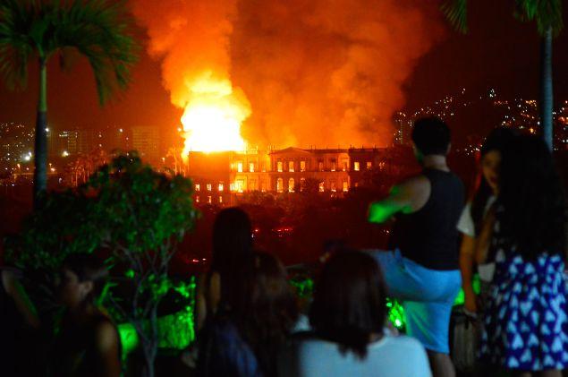 A massive fire engulfs the National Museum in Rio de Janeiro.