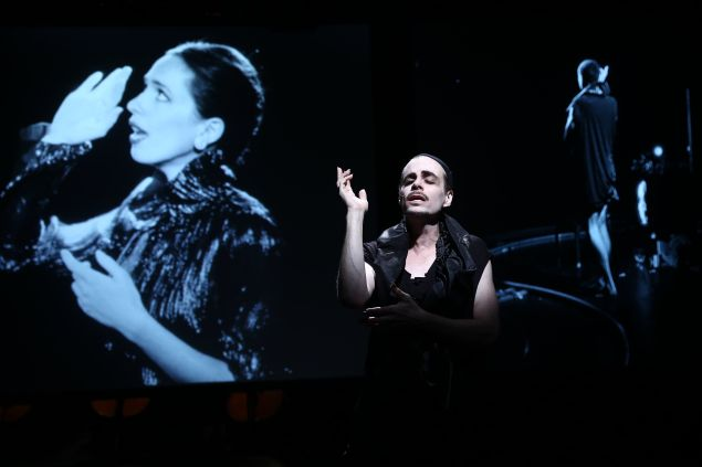 Rob Roth with projections of Rebecca Hall in Soundstage.