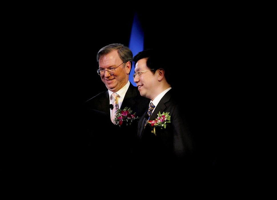Former Google CEO Eric Schmidt and Lee at the launch of Google China on April 12, 2006 in Beijing.