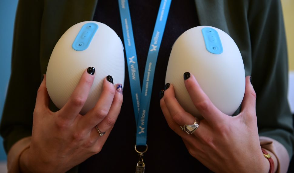 The Smart Breast Pump by Willow.