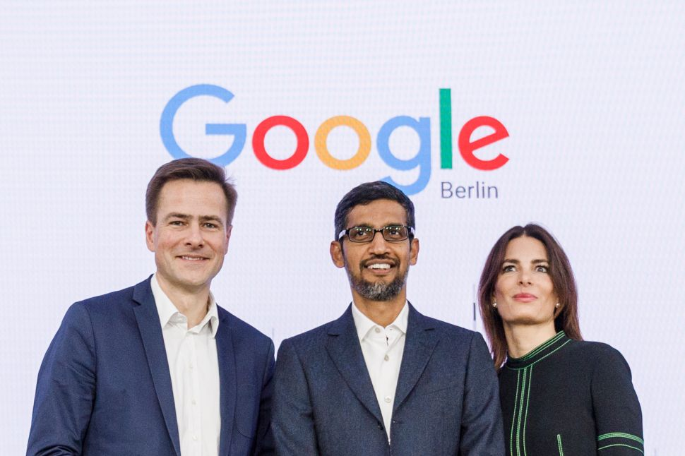 Sundar Pichai (C) with Philipp Justus (L), vice president of Google Central Europe and Annette Kroeber-Rie, Germany's senior director of public policy and government relations at the representation of Google Germany on January 22, 2019.