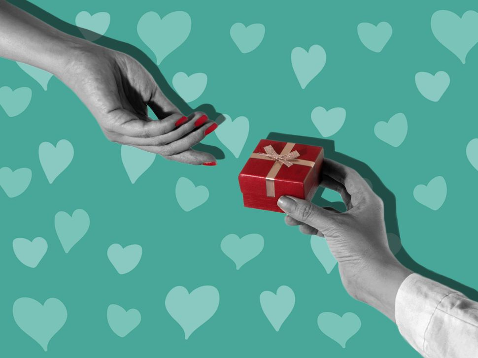 We consulted CEOs and brand chiefs at top dating services about how to impress your loved one this Valentine's Day.