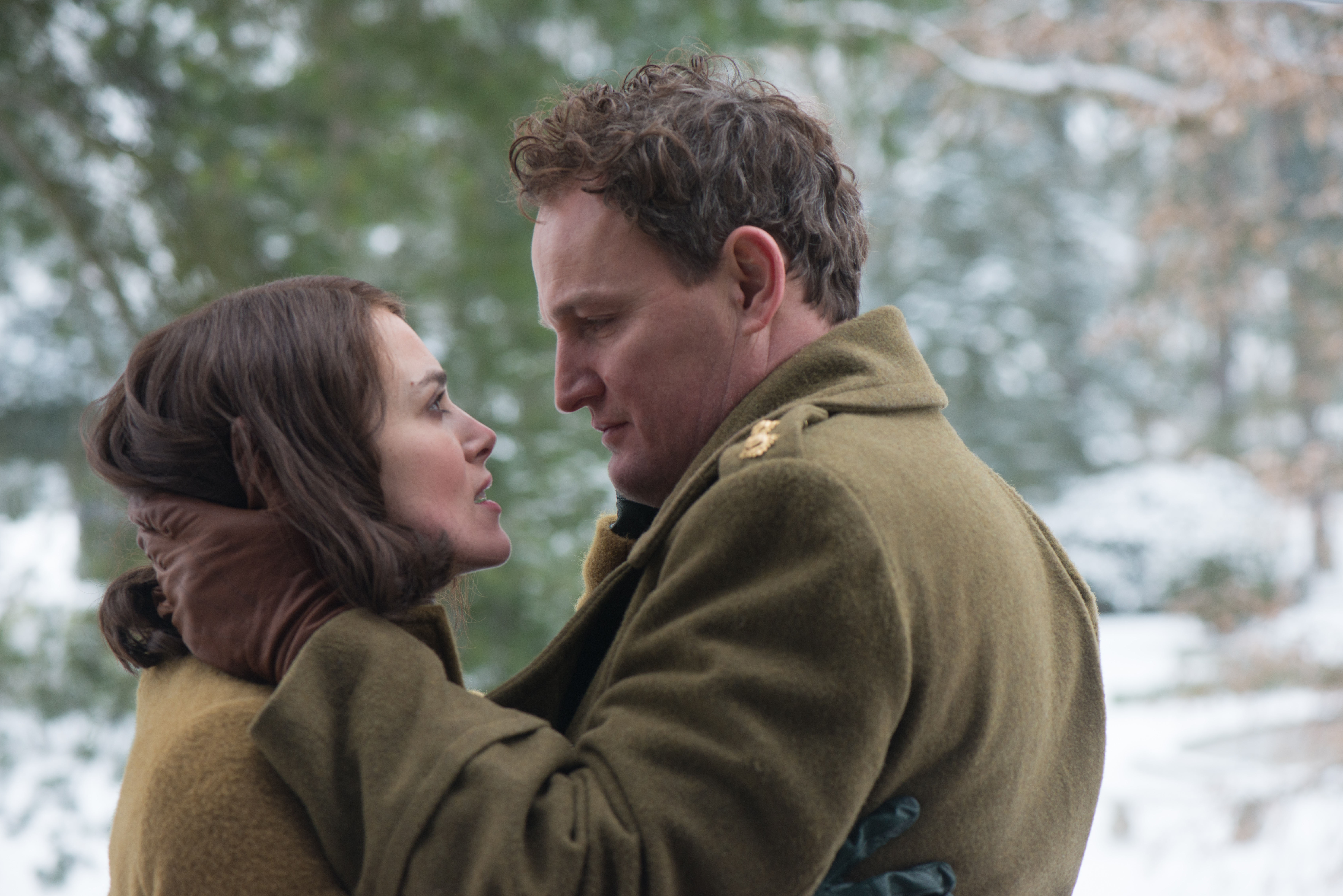 Keira Knightley and Jason Clarke in The Aftermath.