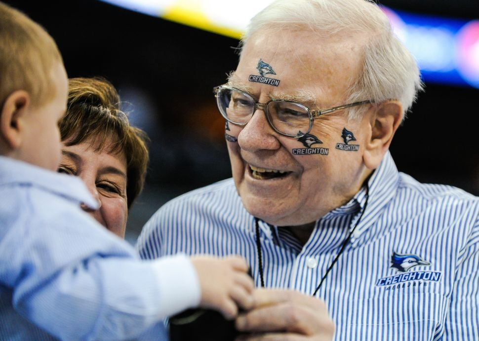Warren Buffett at a game between the Creighton Bluejays and the Providence Friars in 2014 in Omaha, Nebraska.