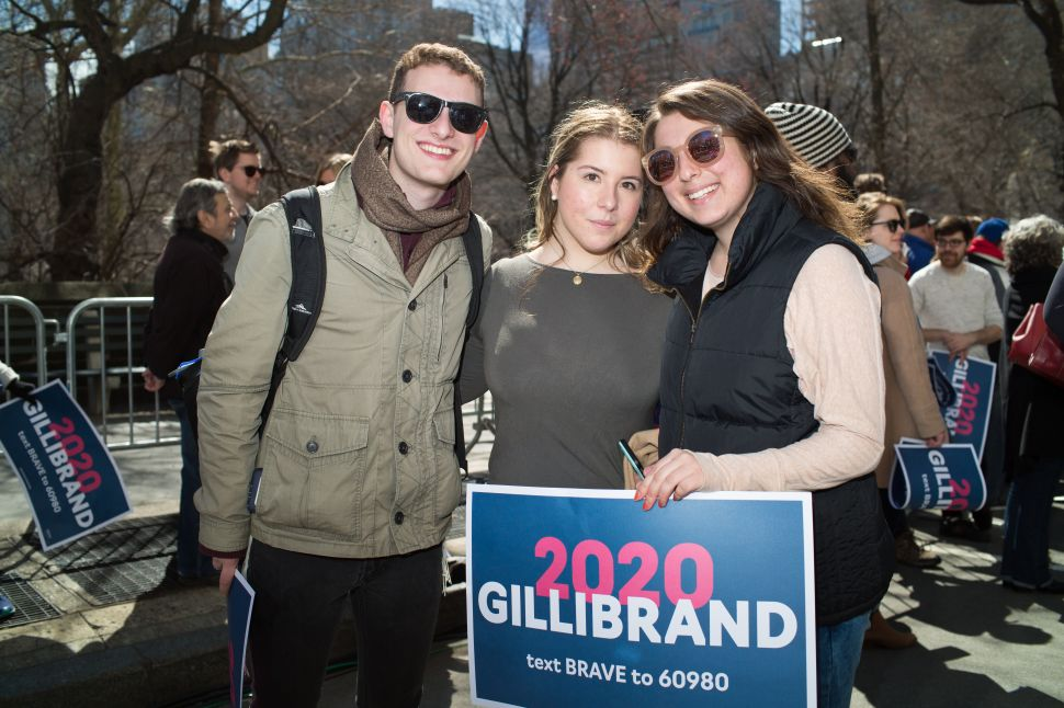 Naava Ellenberg (R) at the kickoff for Kirsten Gillibrand's presidential candidacy in New York on March 24, 2019.