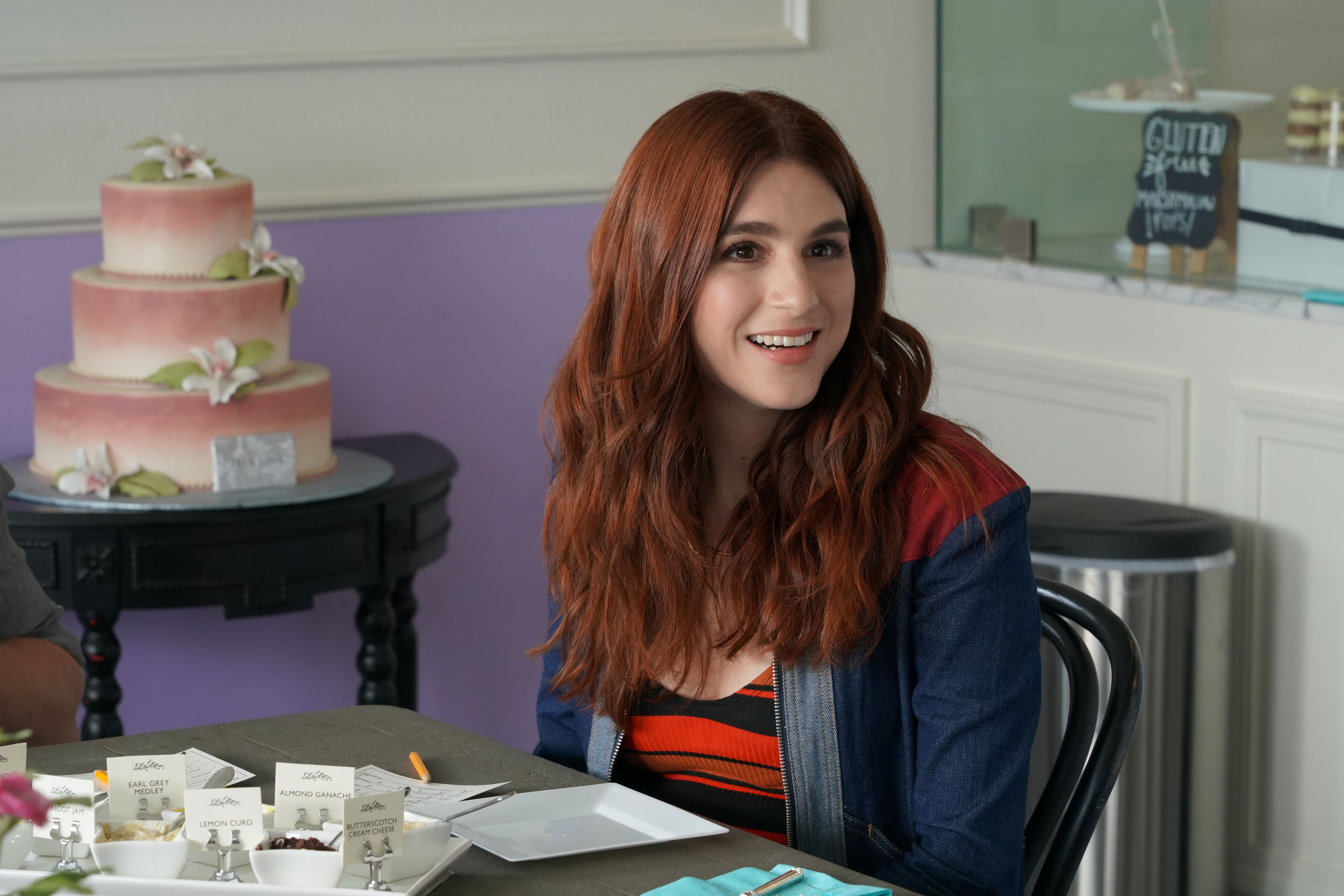 Aya Cash as Gretchen in 'You're the Worst' Season 5.