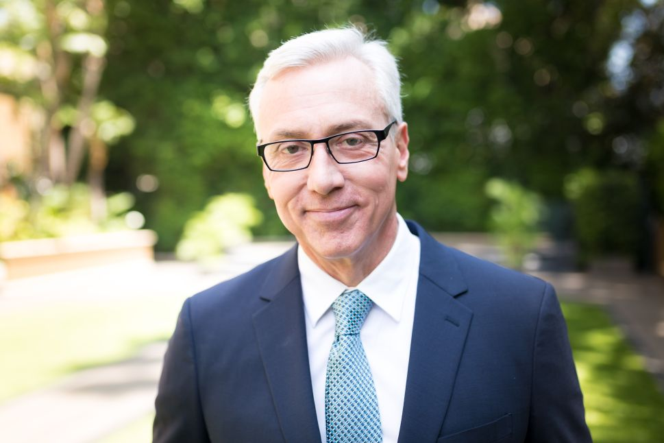Dr. Drew, the same man who popularized off-the-cuff, anonymous therapy, is not immediately on board with digital therapy
