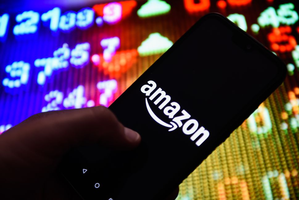 Amazon has its eye on become a mobile service provider.