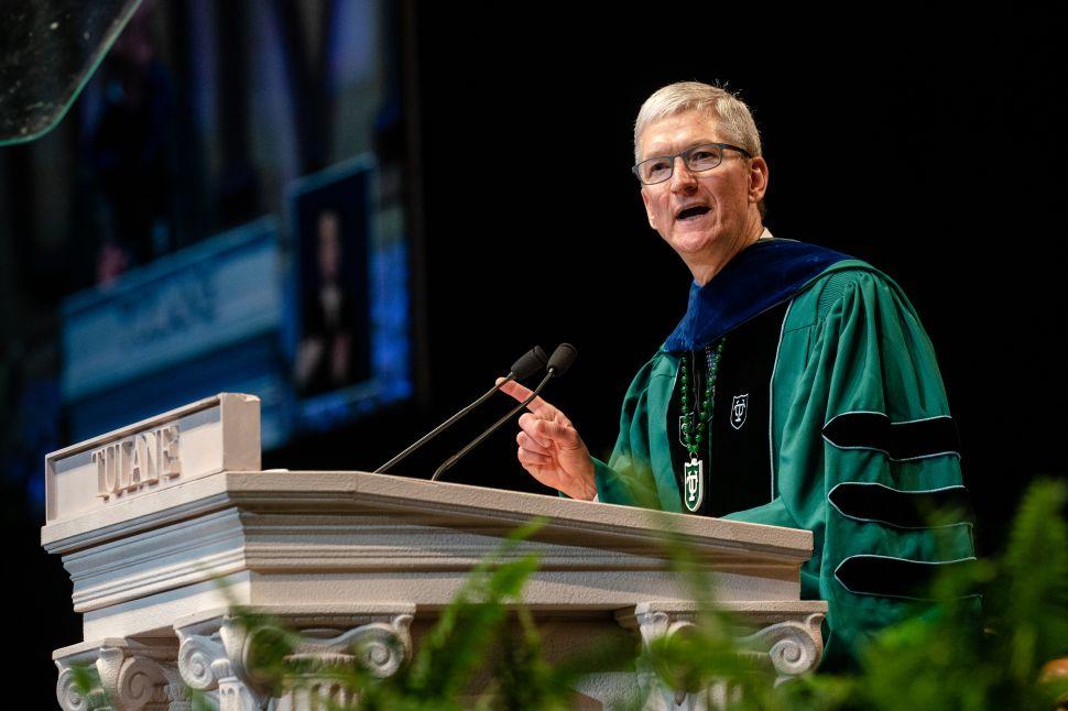 Tim Cook addresses Tulane University graduates at Commencement 2019