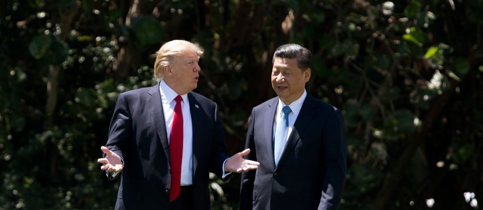 U.S. President Donald Trump (L) and Chinese President Xi Jinping (R).