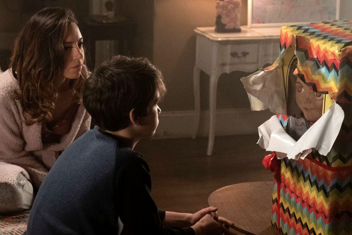 Aubrey Plaza and Gabriel Bateman in Child's Play.