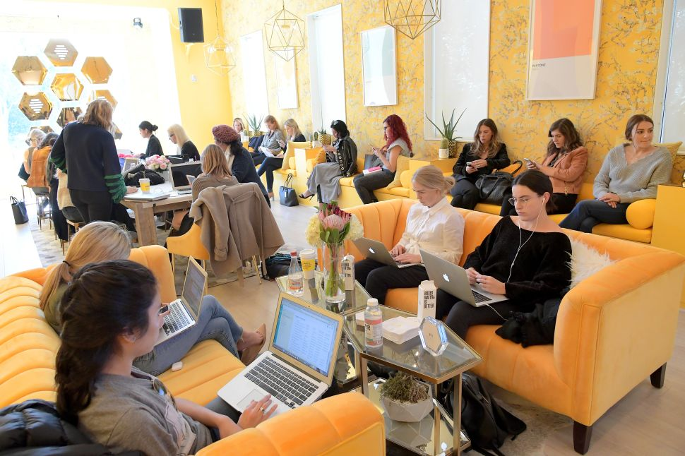 Networkers networking at Bumble Hive LA on March 15, 2018.