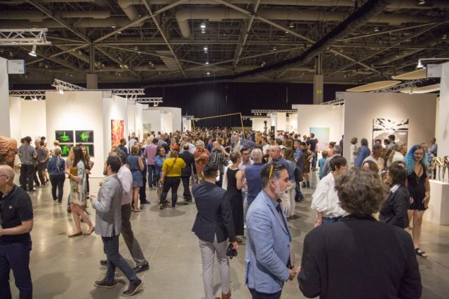 Visitors at the 2018 Seattle Art Fair.