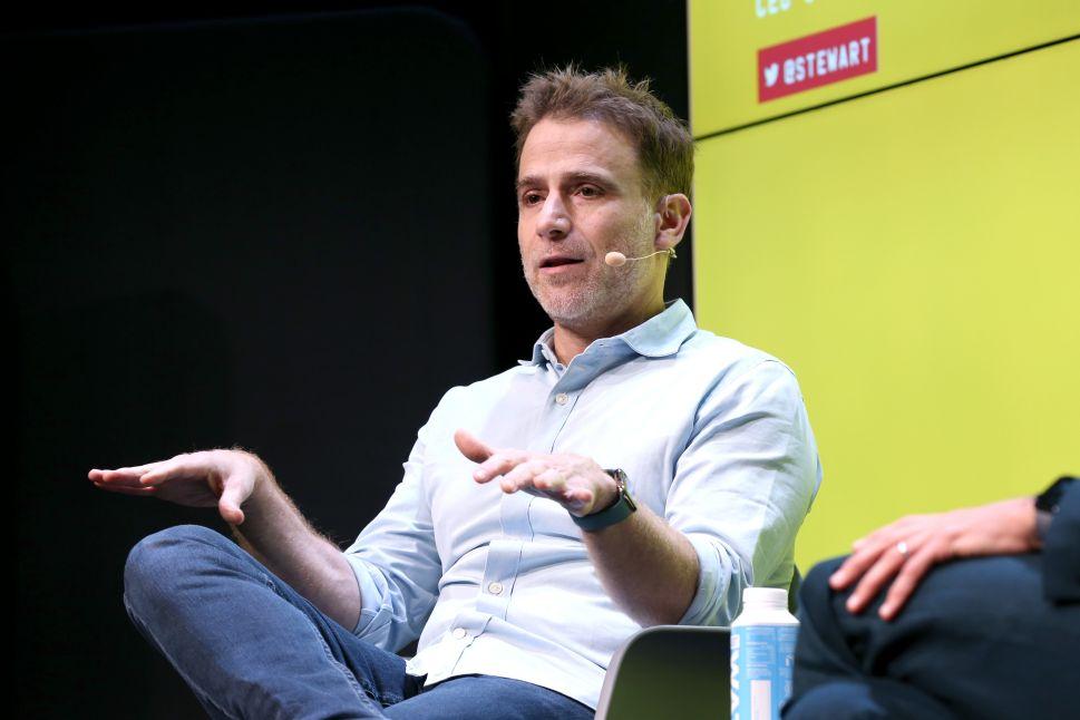 Slack CEO Stewart Butterfield once again took a swing at Microsoft's Teams.