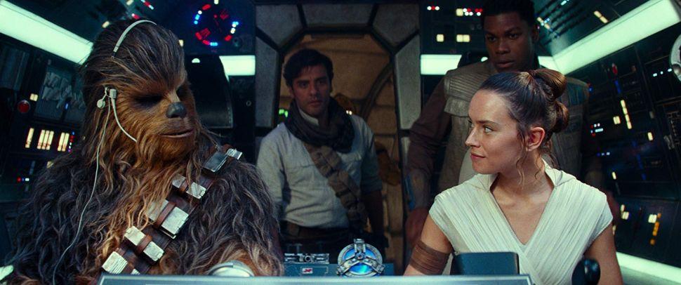 Star Wars The Rise of Skywalker Box Office Social Media