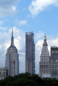 one madison park skyline Lender Tries to Knock Down Leaning Tower of Madison Square Deal