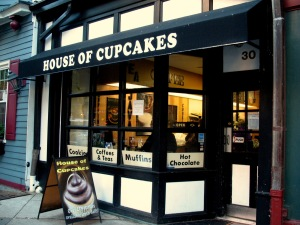 Cupcake Wars Winner Opens Bakery in West Village