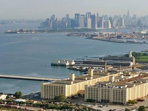 The Brooklyn Army Terminal (foreground). Photo courtesy NYCEDC