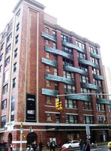 440px chesea market from south Midtown South Rents Fall for First Time in Two Years