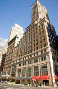 img 8 283x430 C&W Loses Brokers But Retains Agency at 535 545 Fifth Ave.