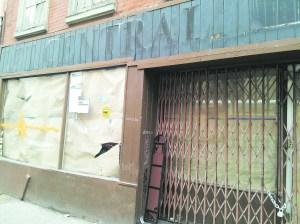 Shuttered location of Pet Central at 237 Bleecker Street (credit: Lauren Elkies Schram)